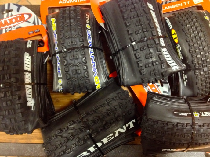 gomme maxxis
